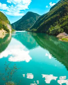 Lago del Mis nelle dolomiti bellunesi