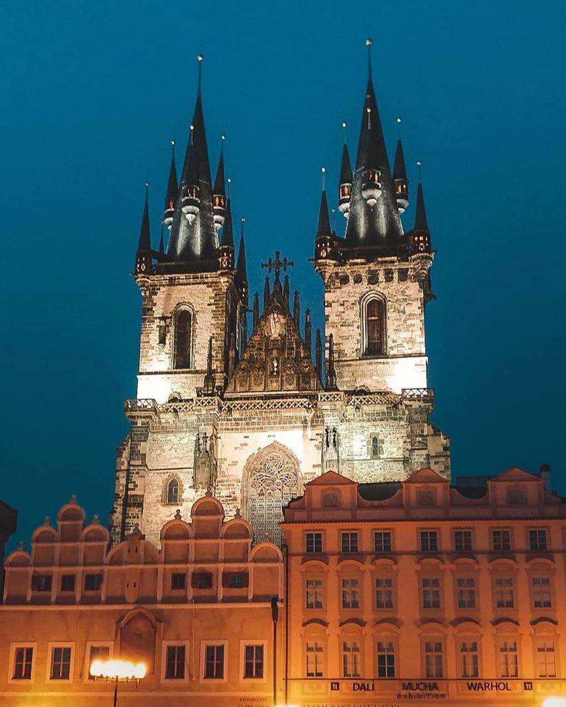Giorno 1 a Praga Chiesa di Santa Maria di Týn